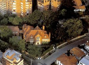 Здание посольства России в Колумбии