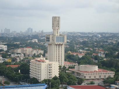 Здание посольства России на Кубе.