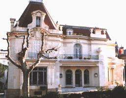 Здание генконсульства России в Марселе