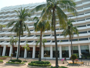 Royal Cliff Grand - Почётное консульство в Патайе