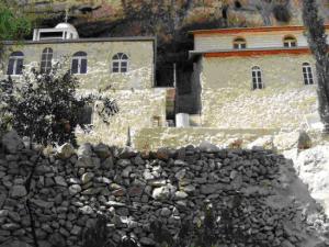 Монастырь Фара