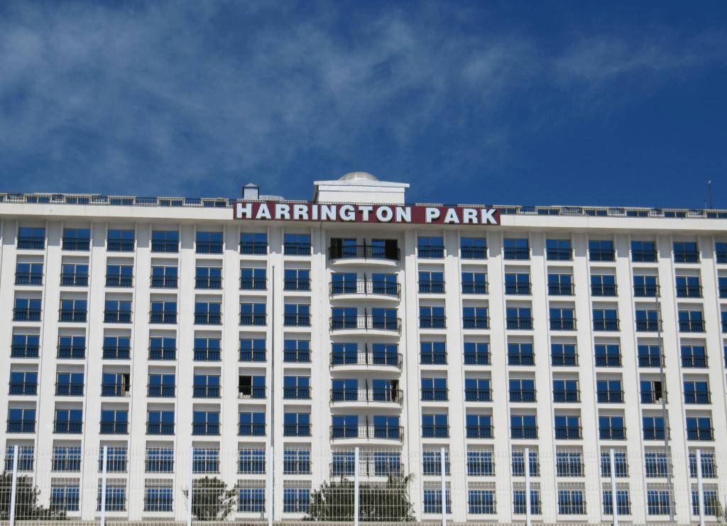 Отель Харрингтон Парк