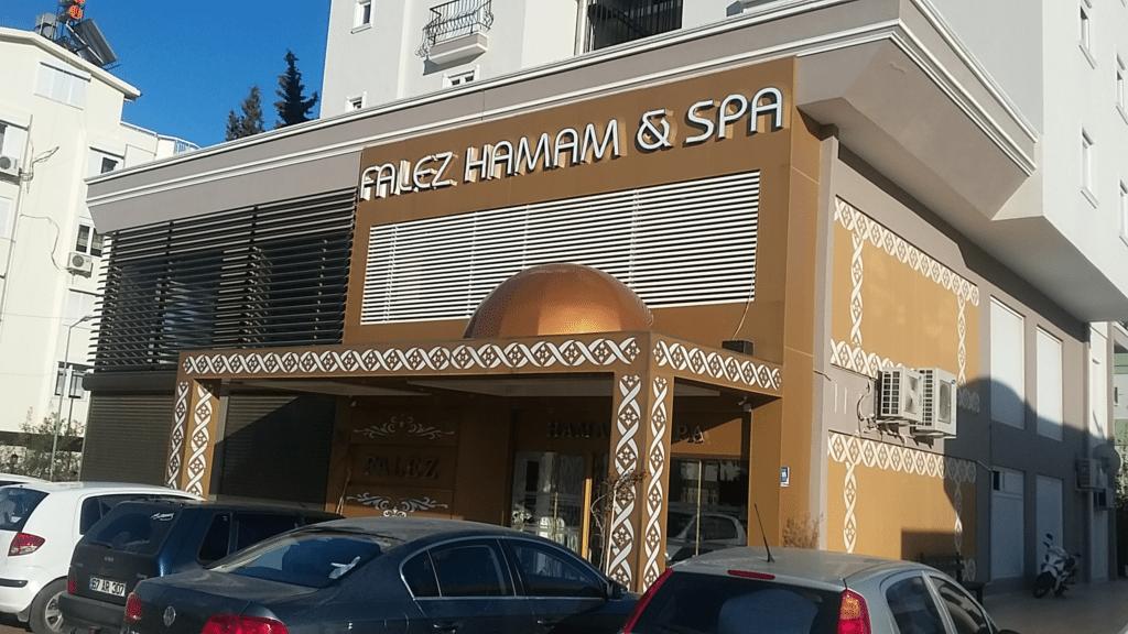 Фалез хамам в Гюрсу на бульваре Ататюрка