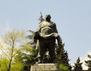 Государственные светские праздники в Грузии.День Победы