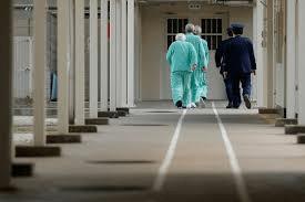 Роль врачей в защите заключённых от пыток